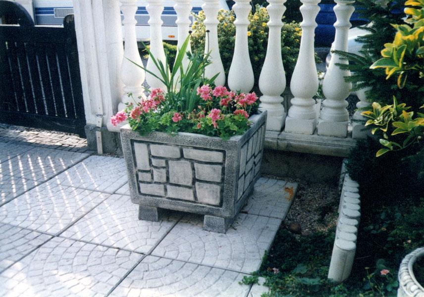 Вазоны и цветочницы из бетона своими руками 88